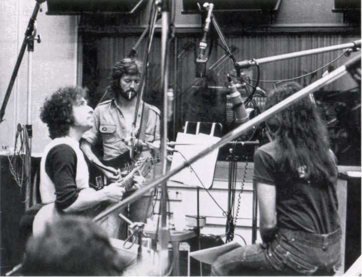 bob-dylan-eric-clapton-emmylou-harris-1975