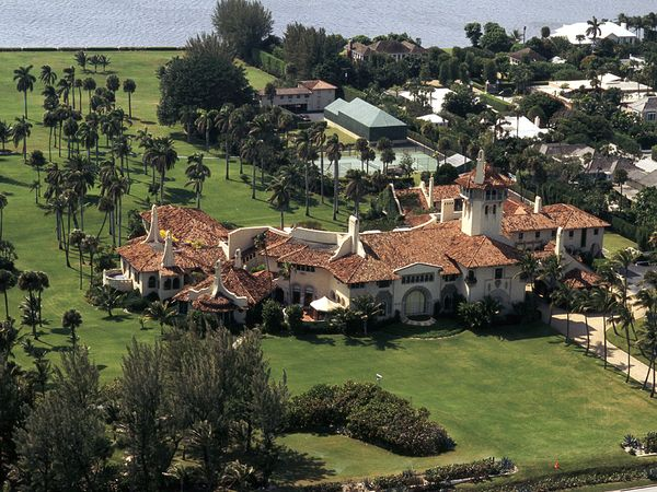 donald-trump-mar-a-lago-estate_47187_600x450